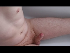 Quick wank and finger in the bath
