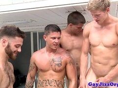 Groupsex hunks blow their loads outdoors